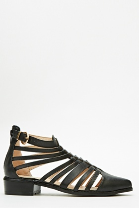 Strappy Pointed Toe Sandals