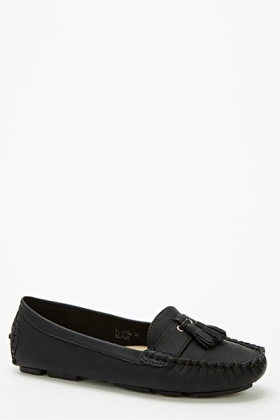 Front Fringed Loafers