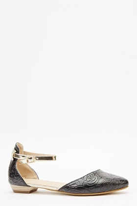 Black Rose Textured Sandals