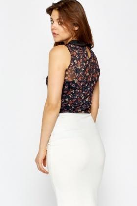 Floral Collared Sleeveless Blouse