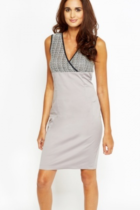 Contrast V-Neck Bodycon Dress
