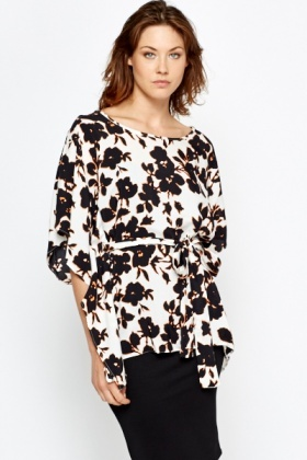 Batwing Sleeve Mono Floral Top