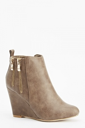 Wedged Zip Detail Ankle Boots