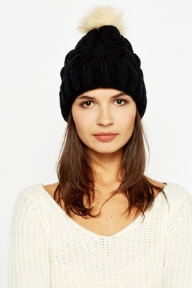 Black Faux Fur Bobble Hat