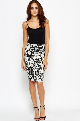 Floral Printed Midi Pencil Skirt