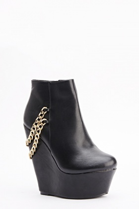 Chain Back Black Wedges