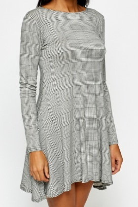 Houndstooth Check Swing Dress