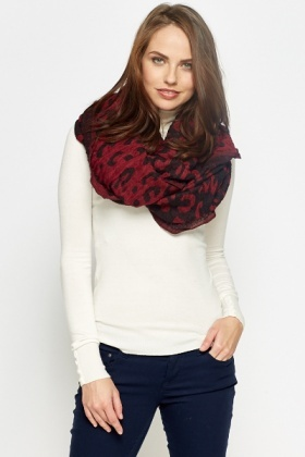 Animal Print Textured Snood