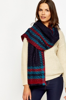 Contrast Check Chunky Scarf