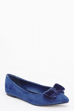 Pointed Velveteen Pumps