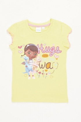 Hugs Are On The Way Printed Top