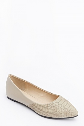 Mock Croc Pointed Pumps