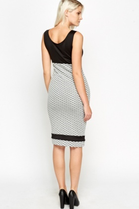 Colour Block Zig Zag Jersey Dress