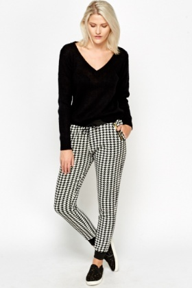 Houndstooth Printed Jersey Trousers