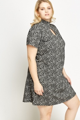 KeyHole Front Pattern Dress