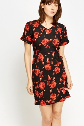 Pleated Waist Rose Print Dress