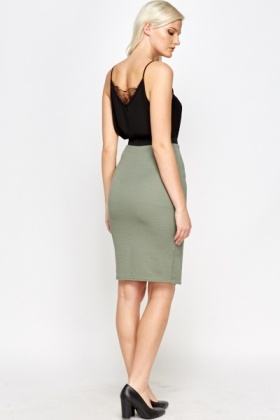 Ribbed Zip Front Skirt