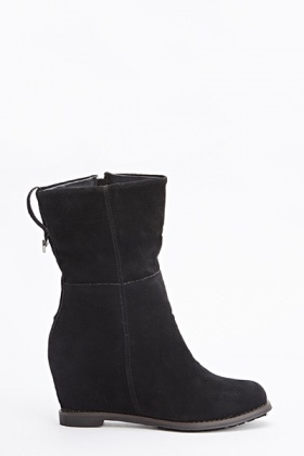 Black Wedged Boots