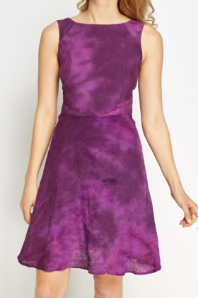 Violet Sleeveless Shift Dress