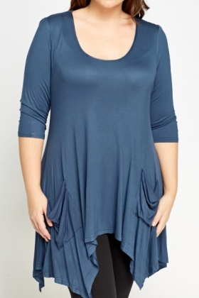Dip Side Middle Blue Top