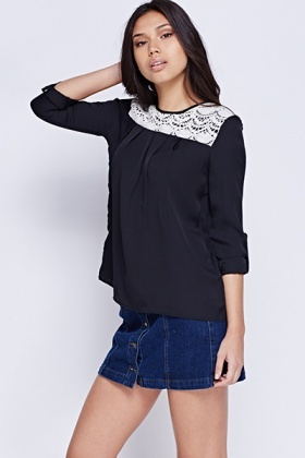 Mesh Neck Basic Black Top