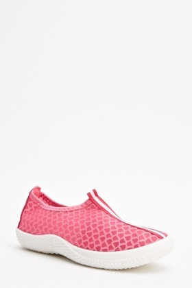 Textured Running Shoes
