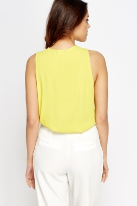 Textured Zip Front Sleeveless Top