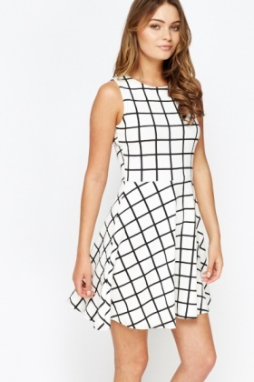 Mono Sleeveless Grid Check Dress