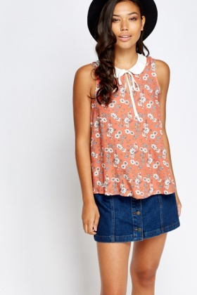 Contrast Collar Floral Blouse