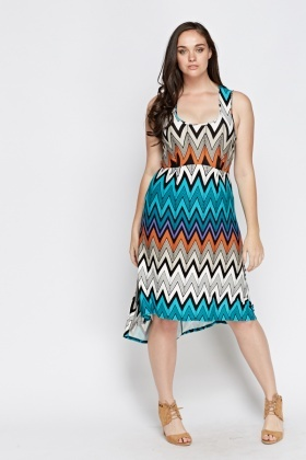 Zig Zag Dip Hem Dress