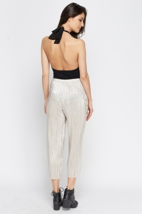 Metallic Pleated Cropped Trousers