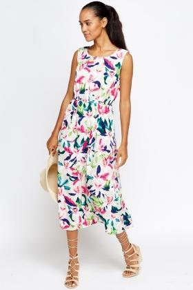 c890935f63 Floral Summer Midi Dress - Just £5