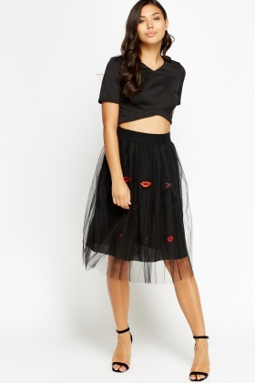Contrast Mesh Stitched Lip Puffy Skirt