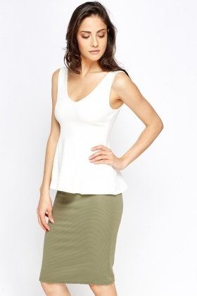 Low Neck Textured Peplum Top