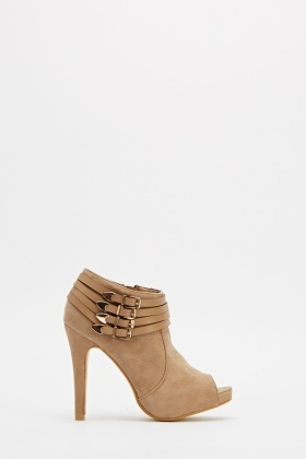 Contrast Buckle Side Heeled Boots