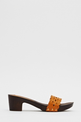 Cut Out Strap Wooden Sandal