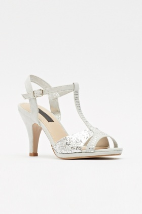 Glittery T-bar Encrusted Front Sandals