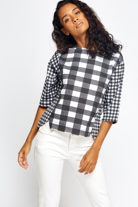 Mono Grid 3/4 Sleeve Top