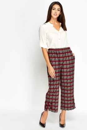 Textured Wide Leg Cropped Trousers