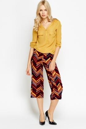 Zig Zag Wide Leg Cropped Trousers