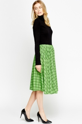 Grid Midi Swing Skirt