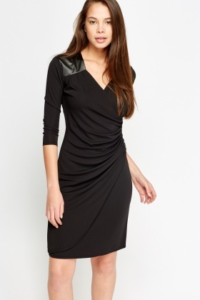 Contrast Zipped Rucked Dress