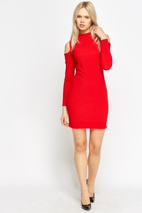 Cold Sleeve Red Dress