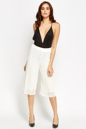 Mesh Overlay Wide Short