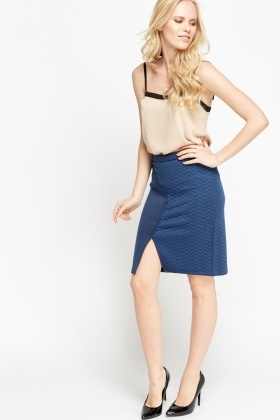 Textured Front Slit Midi Skirt