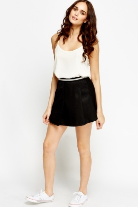 Elasticated Waist Textured Mini Skirt