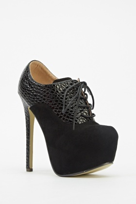 Textured Contrast Heeled Boots