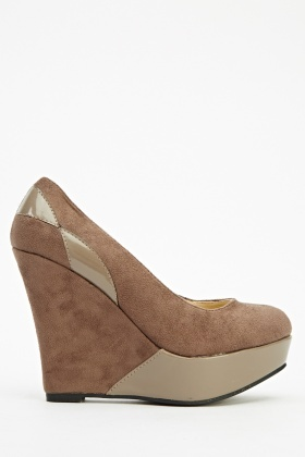 Contrasted Suedette Wedged Heels