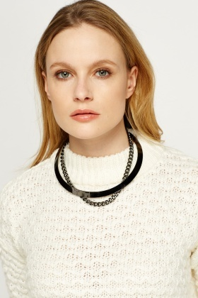 Contrast Black Necklace