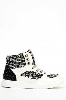 Mono Contrasted High Top Trainers